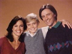 favoloso lui girava in casa a Silver spoons con un… 1980s Tv Shows, Ricky Schroder, Erin Gray, Buy Tv, Tv Seasons, Online Photo Gallery, Comedy Tv, Vintage Tv, Silver Spoons