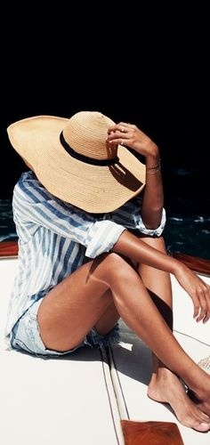 Ride around on that boat in style with a fabulous wide-brim hat that's great for keeping your face out of the sun! It pairs perfectly with a light button down blouse and shorts!