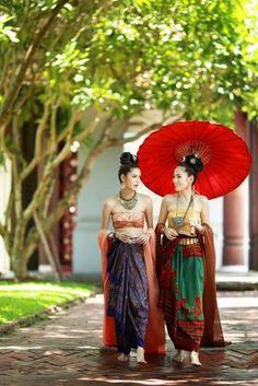 Women in traditional Laos silk costume Thai Traditional Dress, Traditional Fashion, Traditional Outfits, Thai Wedding Dress, Thailand Fashion, Thai Fashion, Thai Dress, Thai Style, Trendy Dresses