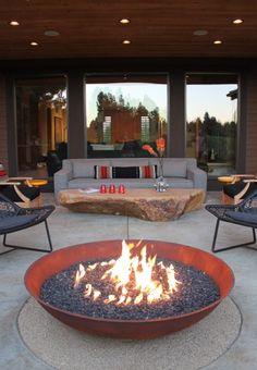 Contemporary Terrace& Fire-pit