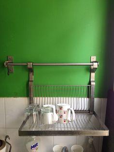 gouttoir vaisselle sur pinterest cuisine d co de cuisine et brocante. Black Bedroom Furniture Sets. Home Design Ideas