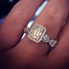 Engagement Rings Ideas & Trends 2017 Emerald cut engagement ring Discovred by : Raymond Lee Jewelers