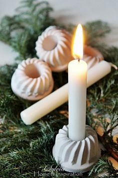 Porta candele in gesso