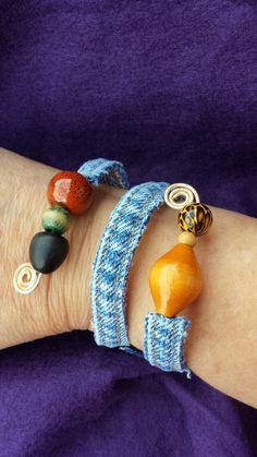 Denim Bracelet, Denim Earrings, Fabric Bracelets, Beaded Wrap Bracelets, Fabric Jewelry, Diy Jewelry Recycled, Recycled Bracelets, Recycled Denim, Jewelry Crafts