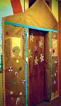 25 Ideas book door decorations fairy tales for 2019 Preschool Christmas, Christmas Activities, Preschool Door, Traditional Literature, Gingerbread Man Activities, Little Red Hen, Theme Days, Class Decoration, Cute House