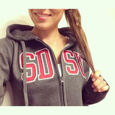 @ginalud's showing off her new SDSU zip-up. Looking good!