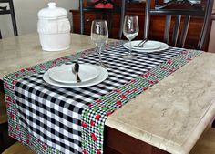 Table Runner And Placemats, Quilted Table Runners, Black And Red Kitchen, Kitchen Window Valances, Patchwork Tiles, Tablerunners, Sewing Table, Mug Rugs, Table Toppers