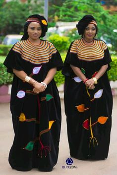 African Dresses For Women, African Attire, African Fashion Dresses, African Women, Traditional Wedding Attire, Traditional Dresses, African Print Fashion, Tribal Fashion, Shweshwe Dresses