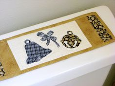 TOILET TANK TOPPER/Quilt/Table by MondayMondayDesign on Etsy