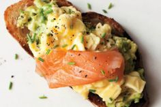 Discover recipes, home ideas, style inspiration and other ideas to try. Summer Salmon Recipe, Cream Sauce For Chicken, Creamy Mushroom Soup, Food Carving, Lunch Wraps, Everyday Dishes, Reception Food, Cooking Recipes, Healthy Recipes