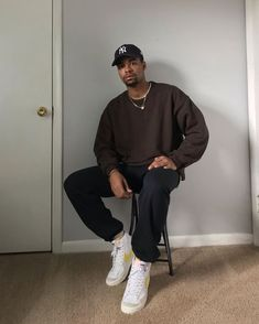 Mode Outfits, Retro Outfits, Vintage Outfits, Outfit Hombre Casual, Black Men Street Fashion, Vintage Street Style Men, Men Street Wear, Stylish Mens Outfits, Trendy Mens Fashion