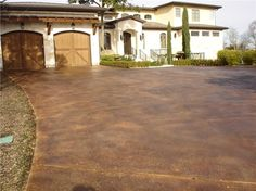 Staining Concrete Get the Look - Exterior Staining Gkrete Dripping Springs, TX Acid Wash Concrete, Acid Stained Concrete Floors, Concrete Houses, Stain Concrete, Concrete Resurfacing, Concrete Lamp, Concrete Countertops, Driveway Landscaping, Driveway Ideas
