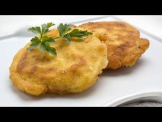 Receta de huevos al cielo - Karlos Arguiñano - YouTube Beef Casserole, Casserole Recipes, Quick Snacks, Quick Easy Meals, Huevos Fritos, Beef Gravy, Spanish Tapas, Chicken Potatoes, Egg Dish