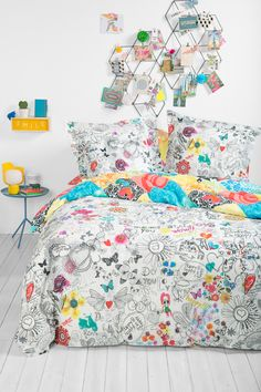Cute hand-drawn prints for a quirky and fun vibe.