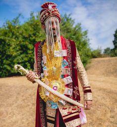 Trending Groom Sehra Designs Spotted At Indian Weddings Groom Wear, Groom Outfit, Modern Groom, Marathi Bride, Groom Accessories, Indian Heritage, Indian Groom, Ranveer Singh, Groom Style