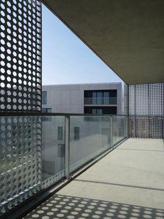 Housing in Le Havre / PHD Architectes / MOA: #Nacarat