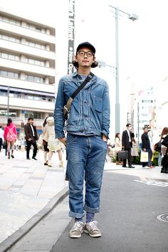 Nice everyday not too fancy but cool look Japon Street Fashion, Tokyo Street Style, Japanese Street Fashion, Japan Fashion, Workwear Fashion, Denim Fashion, Men Street, Street Style Women, Street Wear