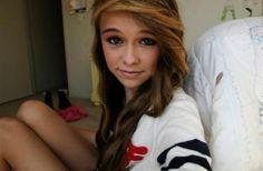 Tumblr girl... I love her hair