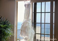 Wedding Dress: A Terranea Resort Wedding in Southern California Los Angeles Rancho Palos Verdes