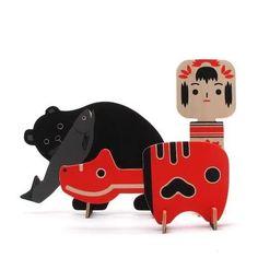 熊の木彫り/赤べこ/こけし