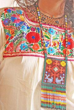 Brown Gods Eye peyote Huichol ethnic Necklace Mexican Ojo de Dios