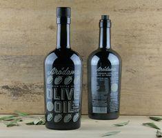 Arodama Premium Greek Extra Virgin Olive Oil, 500 ml Bottle Labels, Vodka Bottle, Fork And Cork, Greek Recipes, Olive Oil, Packaging Design, Crete Greece, Corks, Postcards