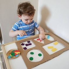 Diy Babyspielzeug lernen - RetroModa, You are in the right place about Montessori Materials printables Here we offer you the most beautiful pictures about the ho Preschool Learning Activities, Baby Learning, Infant Activities, Preschool Activities, Diy Learning Toys, Toddler Fun, Toddler Crafts, Toddler Toys, Best Baby Toys