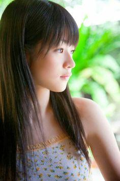前田 憂佳(まえだ ゆうか、1994年12月28日 -20歳 )は元歌手、元アイドル、元女優。ハロー!プロジェクトの女性アイドルグループスマイレージ(現:アンジュルム)の元メンバー。2011年大学進学のため芸能界を引退。