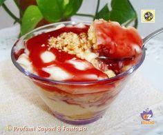 Dessert con crema pasticcera e salsa di fragole  Blog Profumi Sapori & Fantasia