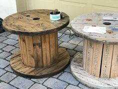 Spools - Amateur Camper Weekend Projects, Easy Projects, Wooden Spool Projects, Electrical Spools, Wood Spool Tables, Wooden Cable Spools, Backyard Basketball, Recycled Furniture, Outdoor Furniture