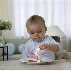 kandisnyheter on Instagram:  The Swedish Royal Court released a photo of Prince Oscar with his birthday cake to mark his first birthday, Haga Palace, March 2, 2017 (b. March 2, 2016)