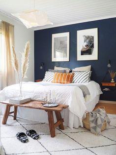 Home Decor – Decor Ideas – decor Blue Bedroom Walls, Cozy Bedroom, Dream Bedroom, Bedroom Decor, Beautiful Bedrooms, Interior Inspiration, Home Furniture, Diy Home Decor, Interior Design