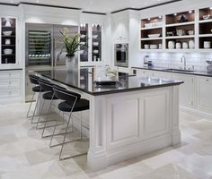 Tom Howley create exquisite designer kitchens and with a range of styles, shapes and designs, there's sure to be a kitchen that captures your imagination.