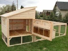 gardens with chickens \ gardens and chickens ; gardens and chickens yards ; gardens and chickens ideas ; gardens with chickens ; gardens for chickens ; hens and chickens plants ideas gardens ; chickens in gardens ; gardens with chickens ideas Chicken Barn, Easy Chicken Coop, Portable Chicken Coop, Mobile Chicken Coop, Chicken Ideas, Small Chicken Coops, Inside Chicken Coop, Clean Chicken, Chicken Coop With Run