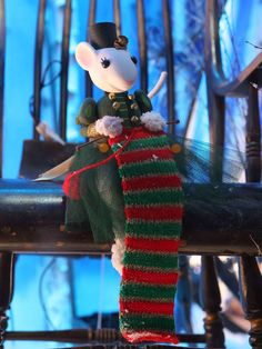 Harrods 2014 Christmas window - The Land of Make Believe