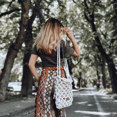 """Polubienia: 140, komentarze: 2 – Justyna Broźna I BOHO handmade (@bloomart.handmade) na Instagramie: """"Dzień dobry, dzień dobry!  Dzisiaj witam się z Wami pod wieczór. Intensywny dzień... Właśnie jestem…"""" Bucket Bag, Boho, Floral, Skirts, Instagram, Fashion, Moda, Fashion Styles, Skirt"""