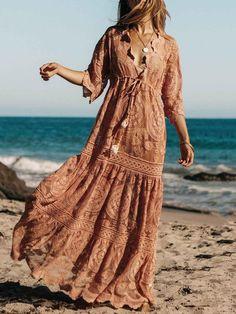 Be a boho goddess in our Mandala Black Orchid Maxi Dress by Jen's Pirate Booty! Bohemian Mode, Boho Gypsy, Boho Chic, Boho Beach Style, Bohemian Style, Long Sleeve Maxi, Maxi Dress With Sleeves, Robes Dos Nu Maxi, Short Beach Dresses