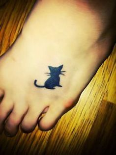 small cat tattoo on foot #ink #YouQueen #girly #tattoos