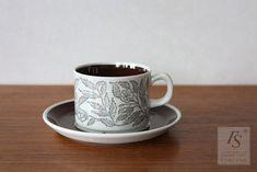 Gefle FONTANA coffee cup and saucer - FourSeasons.fi Coffee Cups And Saucers, Cup And Saucer, Art Sites, White Flowers, Scandinavian, Fat, Ceramics, Mugs, Tableware