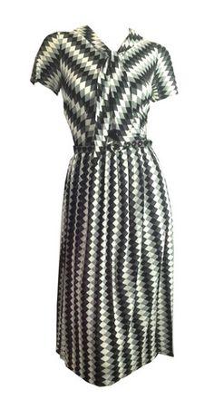 Graphic Black and Grey Harlequin Design Jersey Rayon Dress circa 1950s - Dorothea's Closet Vintage