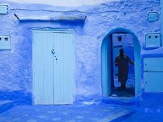 Photographic Print: Poster of Narrow Lane, Chefchaouen, Morocco by Peter Adams : Blanket On Wall, Living On The Edge, Blue Bloods, Travel Images, Design Agency, Find Art, Framed Artwork, Morocco, Landscape