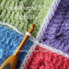 Joining granny squares with slip stitch-free tutorial ༺✿ƬⱤღ https://www.pinterest.com/teretegui/✿༻