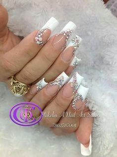 White with lots of rinestones Wedding Nails For Bride, Bride Nails, Wedding Nails Design, Bling Wedding Nails, Classy Nail Designs, Long Nail Designs, Beautiful Nail Designs, Gold Acrylic Nails, Summer Acrylic Nails
