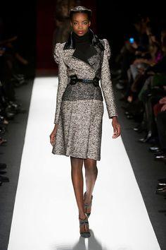 Carolina Herrera - Ready-to-Wear - Fall-winter 2013-2014  http://en.flip-zone.com/fashion/ready-to-wear/fashion-houses-42/carolina-herrera