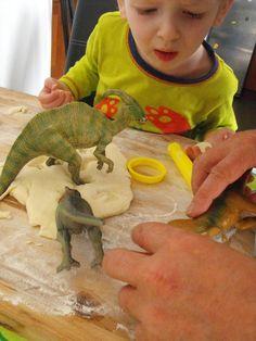 Ruby Murrays Musings: Summer Crafts for Kids - Dinosaur Fossil Tutorial