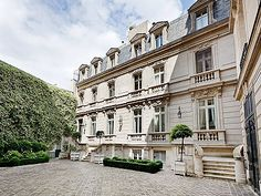 Picture of Prestigious grand house for sale in Paris, 7th Arrondisement