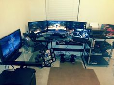 DaBlackdynomite has a killer setup! The only thing that can't play in this pic is the phone. Computer Desk Setup, Computer Station, Computer Workstation, Computer Build, Work Station Desk, Gaming Setup, Gaming Computer, Work Stations, Pc Setup