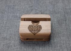 Heart Tree Wood iphone 5s stand,Custom wood iphone 6 stand,wood stand,Acoustic iPhone Speaker,iPhone Station,wood Samsung stand,iphone dock