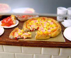 Dollhouse Miniature Pizza, Hawaiian Pizza in One Inch Scale, Miniature Food