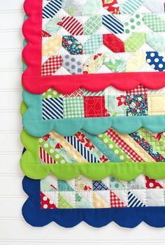 Etsy の Scrappy Placemats Pattern by Cotton Way by quilttaffy